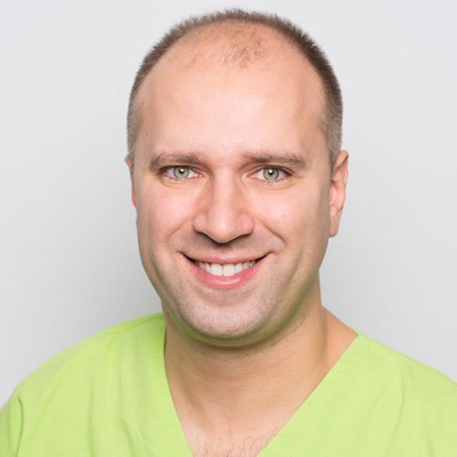 Dr. Igor Besovic